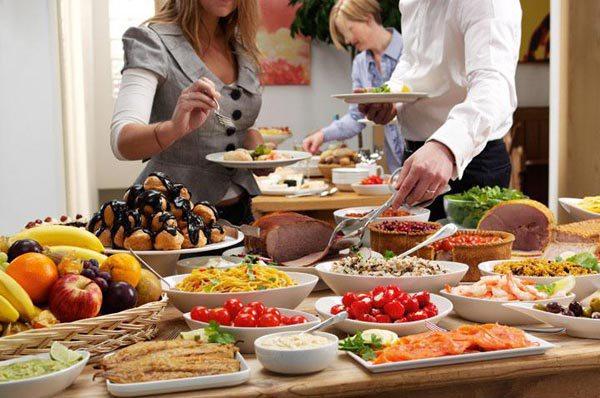 Sáng tạo khi tổ chức tiệc buffet