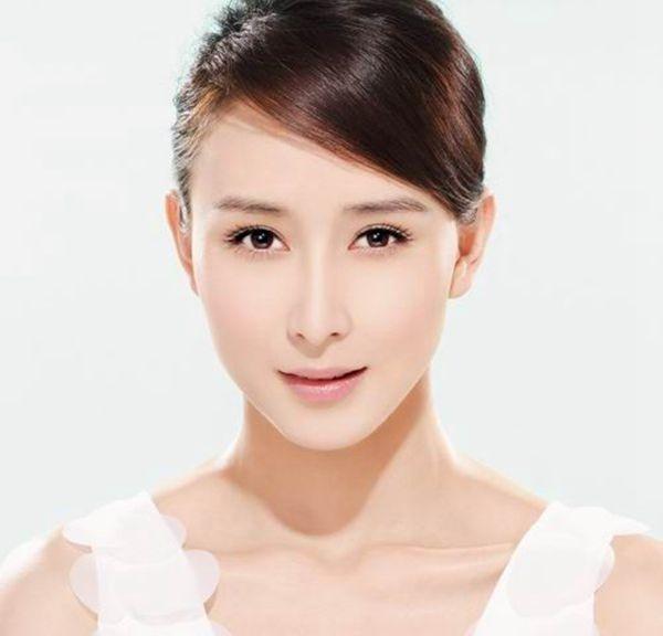 Kéo dài tuổi trẻ nhờ căng da mặt không cần phẫu thuật